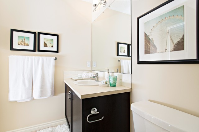 Xeno in Secord contemporary-bathroom
