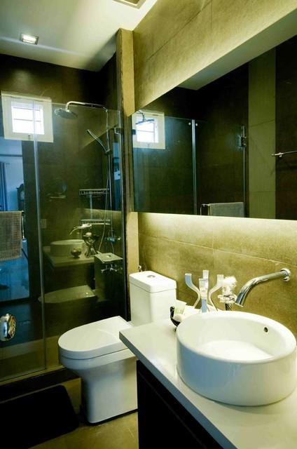 Yap Residence (Vista Real, QC) contemporary-bathroom