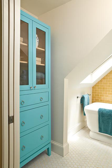Turquoise and yellow bathroom
