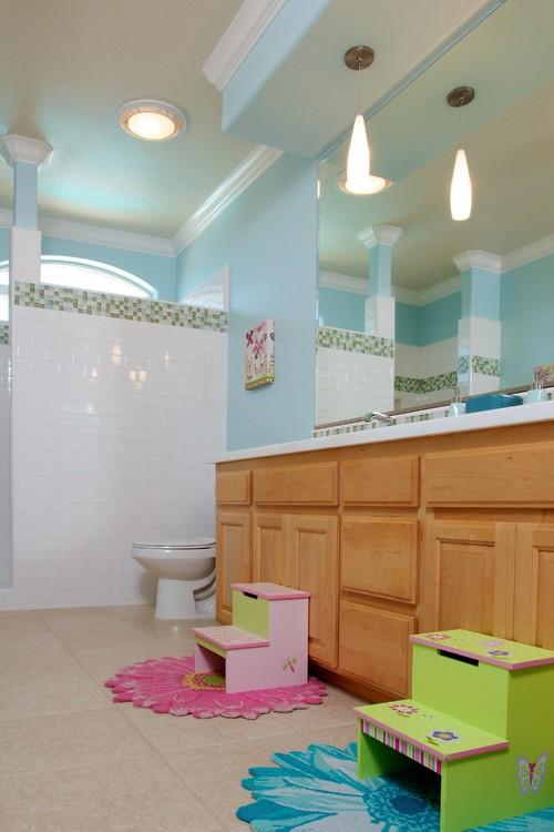 Designer tips fun ideas for kids bathroom remodel for Family friendly bathroom design ideas