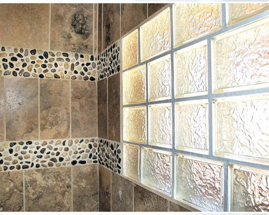 Glass block windows bathroom design ideas pictures for Glass block window design ideas