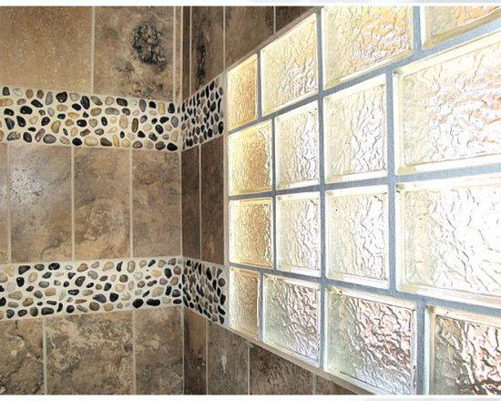 Glass block windows bathroom design ideas pictures for Glass block window design ideas