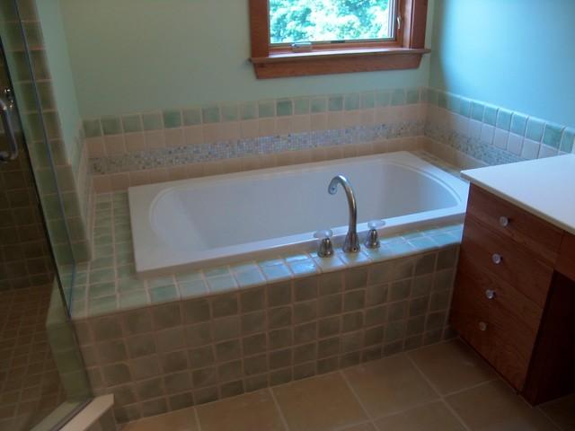 Zuffante House interiors contemporary-bathroom