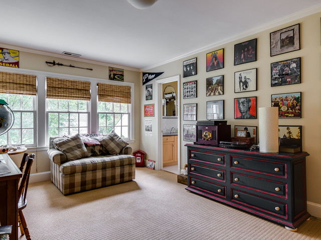 10 16 listing of the week traditional bedroom for Dickens mitchener