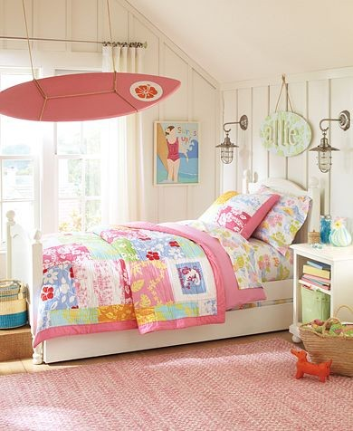 10 Girls' bedroom themes tropical-bedroom