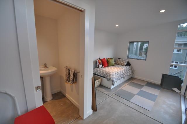 10x18 Satellite Guest Room Modern Bedroom San