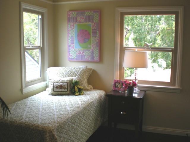 11326 Burnham St Los Angeles traditional-bedroom