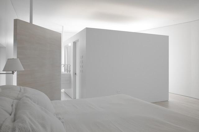 #12 contemporary-bedroom