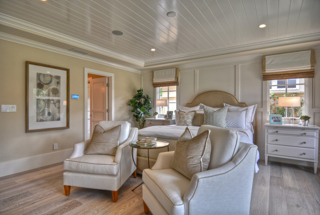 Cape Cod Bedroom With Low Ceiling | Houzz