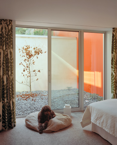 1532 House contemporary-bedroom