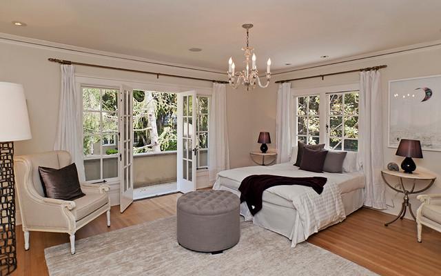1800 Camino Palmero traditional-bedroom