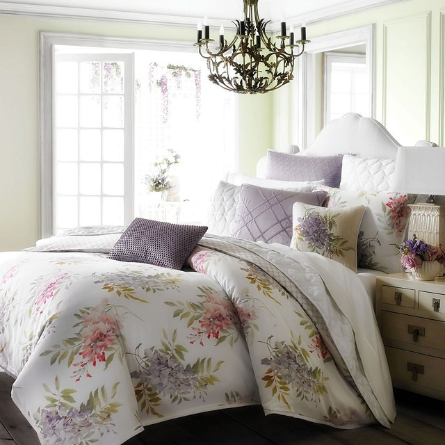 1872 Wisteria Collection