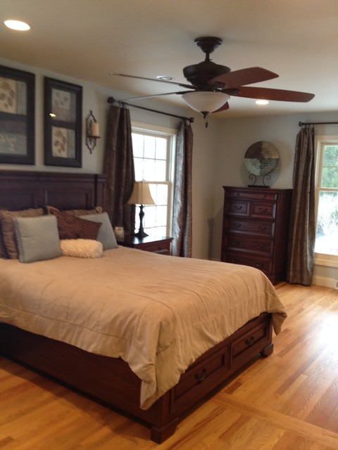 1950 S Ranch Remodel Traditional Bedroom Chicago