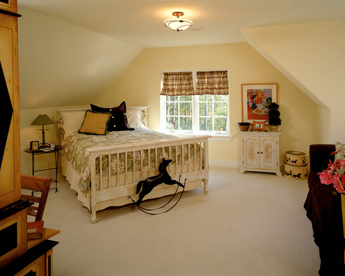 2001 Showcase traditional bedroom