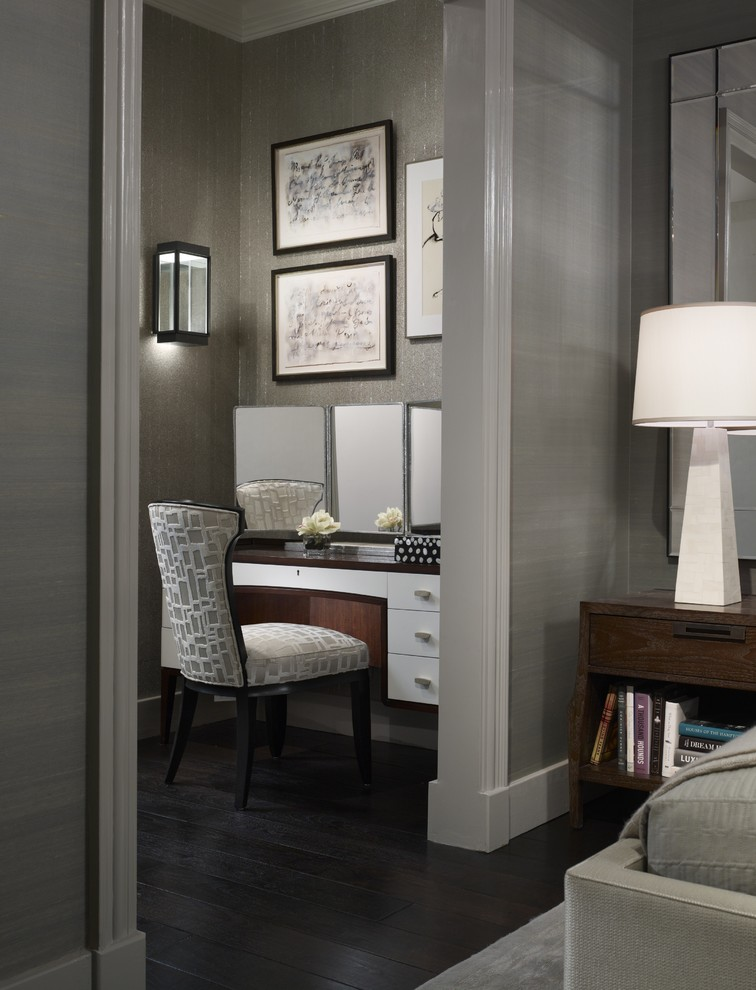 Bedroom - transitional dark wood floor bedroom idea in Chicago with gray walls