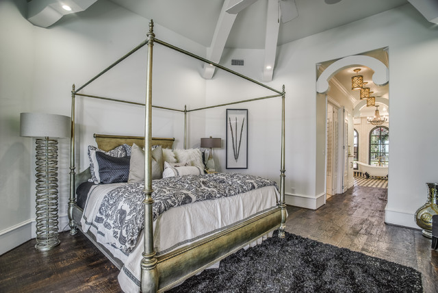 2016 parade of homes traditional bedroom