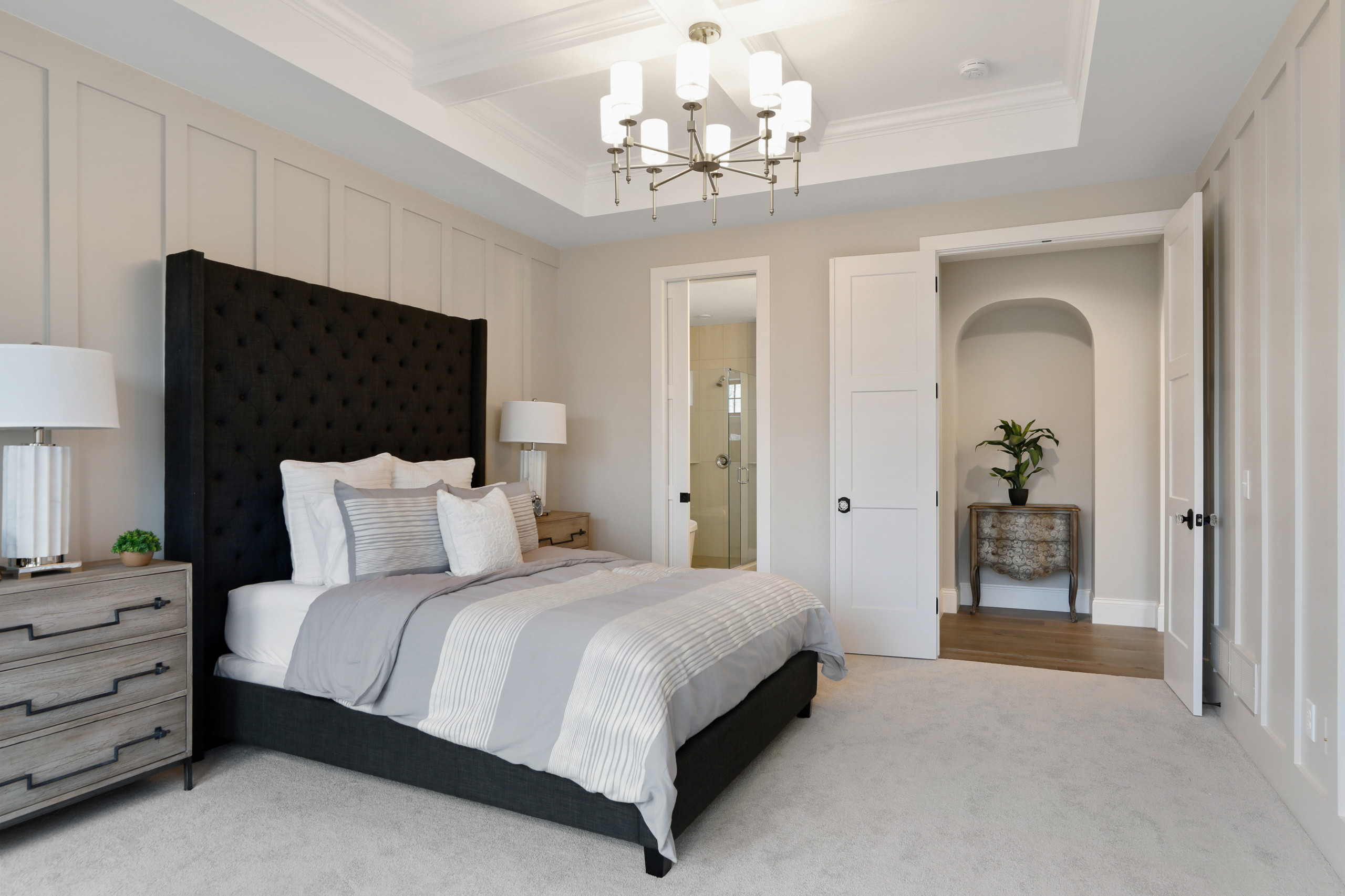 75 Beautiful Wall Paneling Bedroom Pictures Ideas February 2021 Houzz