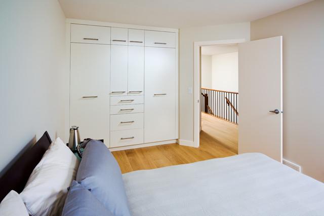2137 5 Avenue modern-bedroom