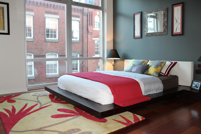 2X Front Street contemporary-bedroom