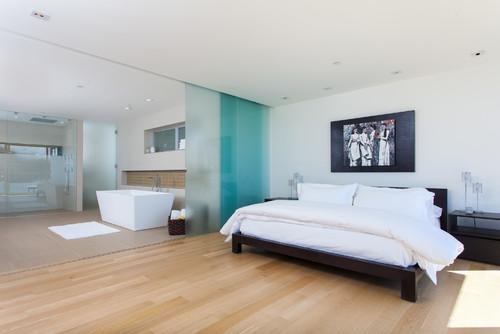 13 façons originales de séparer la chambre de la salle de bains