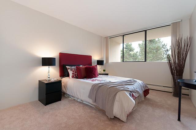 401-7360 Halifax St - Burnaby contemporary-bedroom