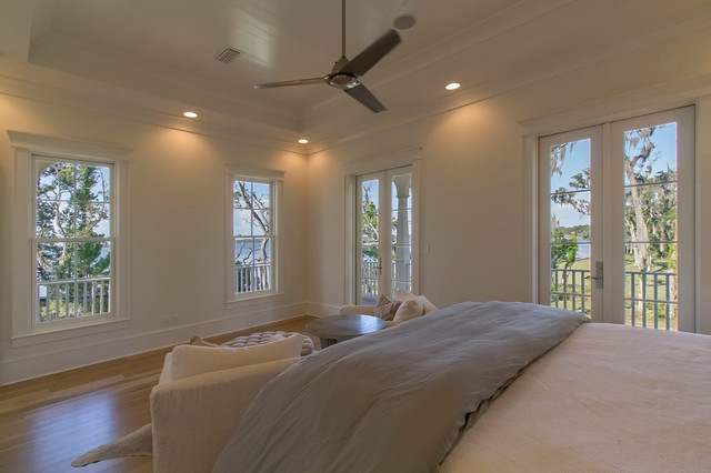 Mid-sized elegant bedroom photo in Miami