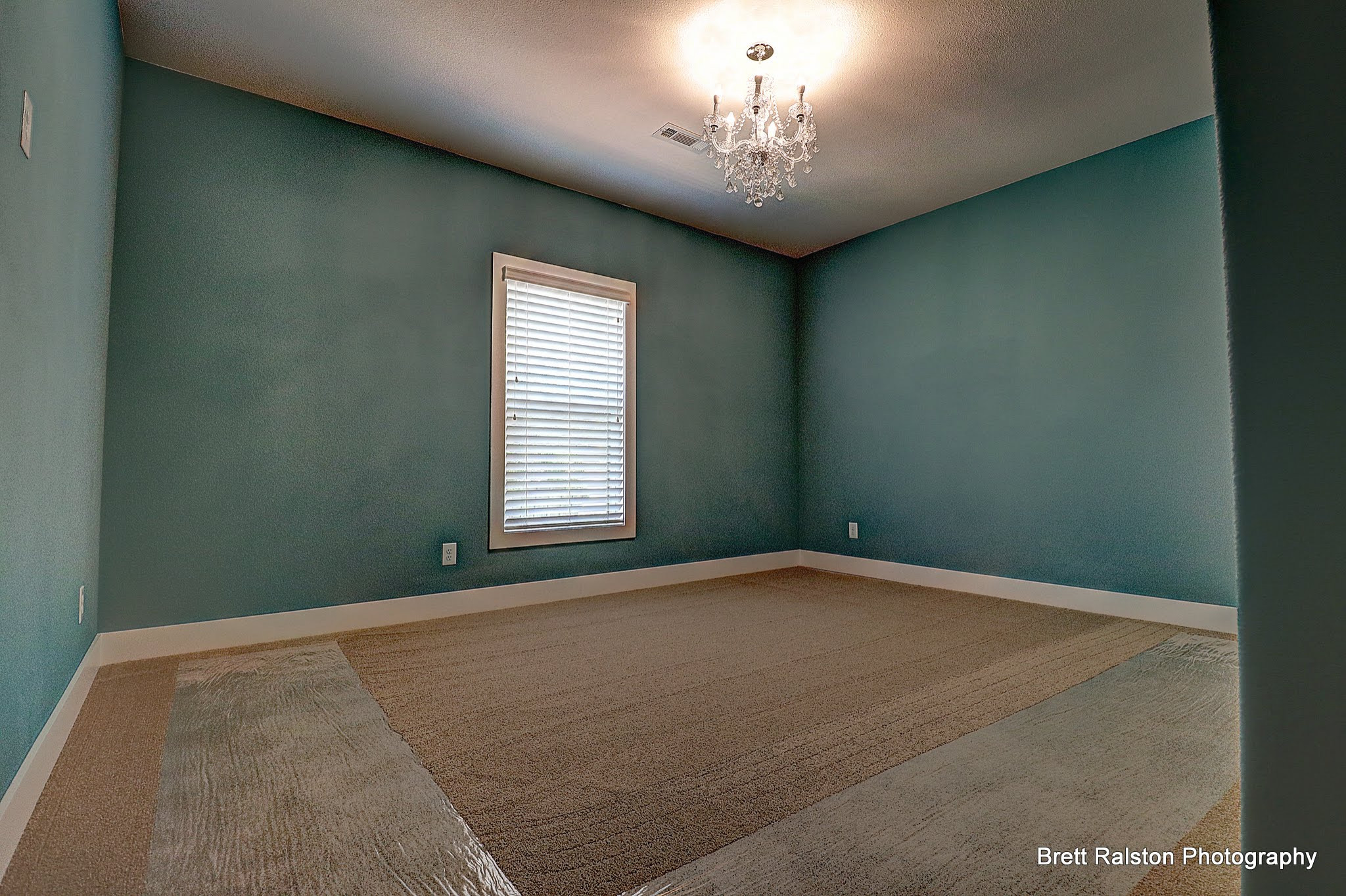 4709 Inglewood Dr - Shadow Valley