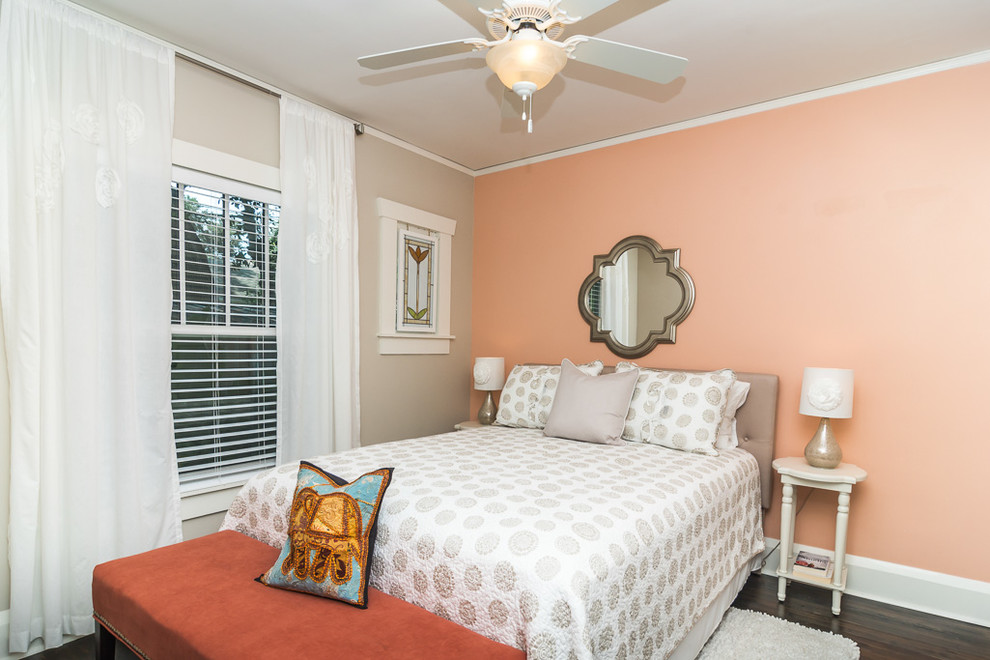 Inspiration for a timeless bedroom remodel in Tampa