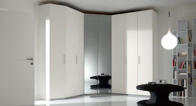 Doors Corner Bedroom Closet Spar Coren 5 Modern Bedroom