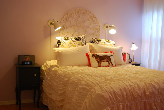 A Fun Rental! eclectic bedroom
