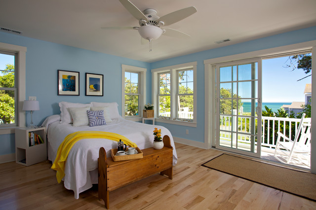 A House overlooking Nantucket Sound traditional-bedroom