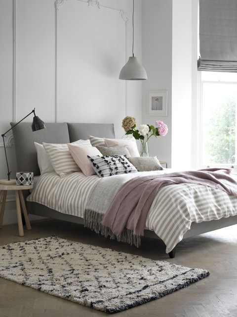 A Scandi-inspired Calming Bedroom 北欧-寝室