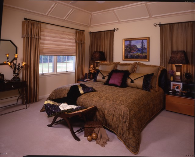 A Stylish Bedroom Using Architectural Detailing To Hide