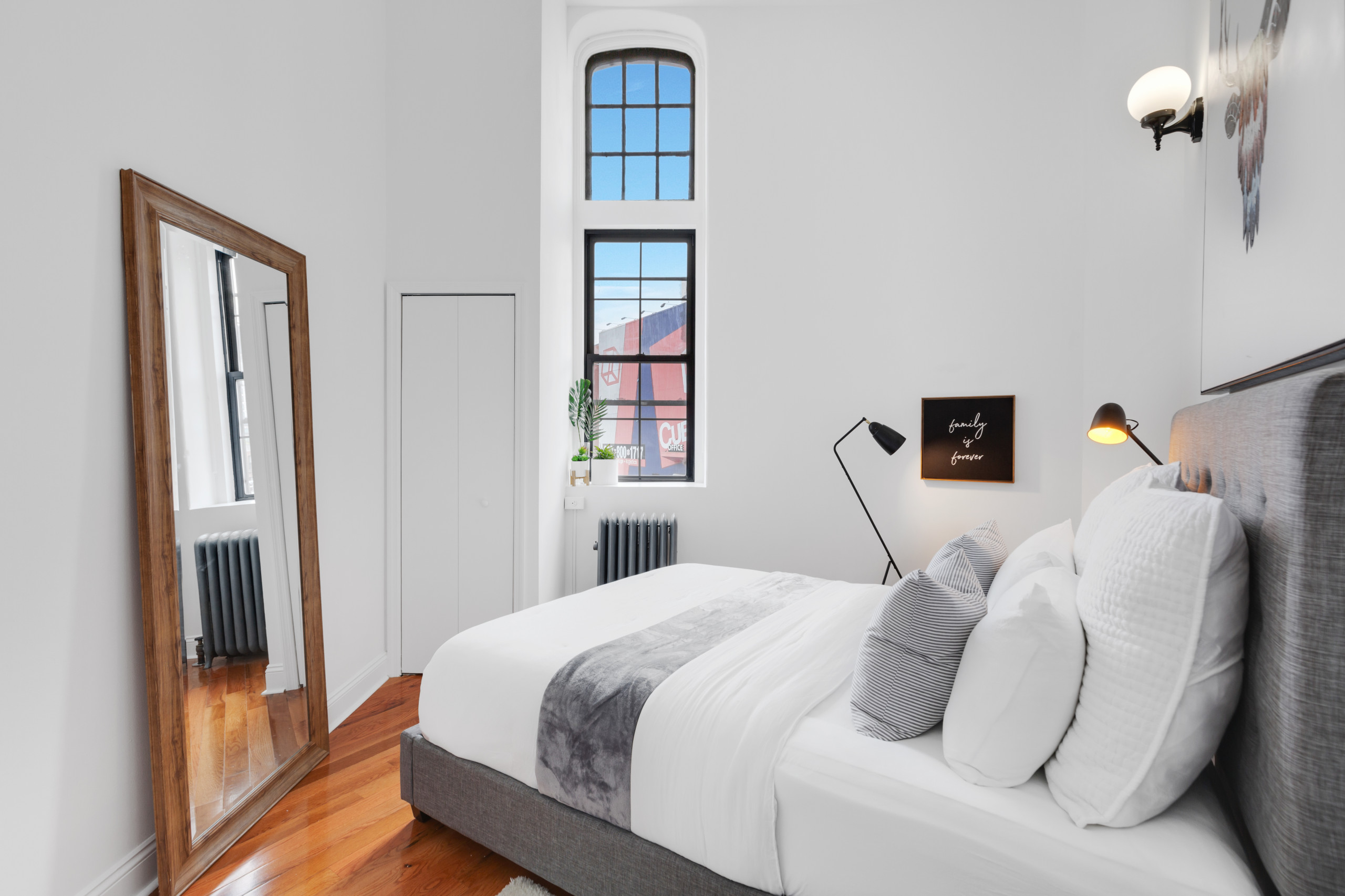 Odd Shaped Rooms Bedroom Ideas And Photos Houzz