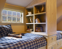 Adirondack Revival traditional bedroom
