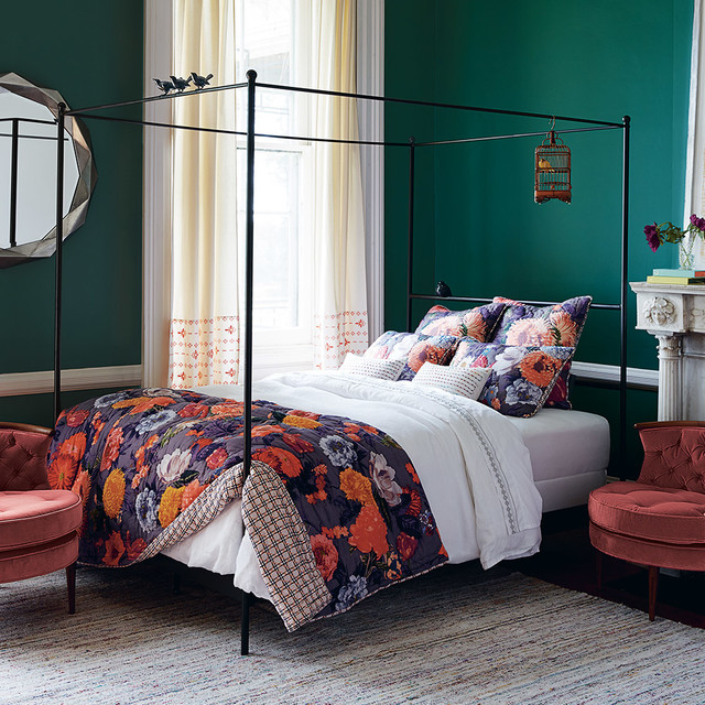Agneta Quilt Traditional Bedroom London By