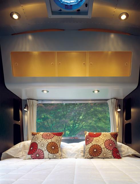 Airstream modern-bedroom
