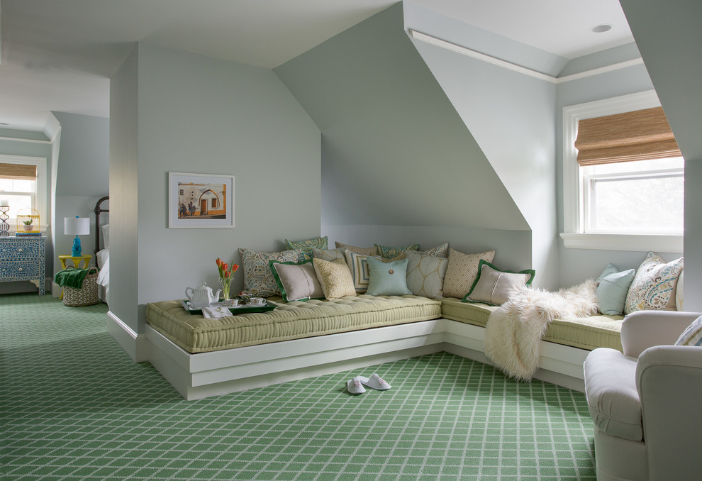 Inspiration for a large timeless guest carpeted and green floor bedroom remodel in Boston with blue walls