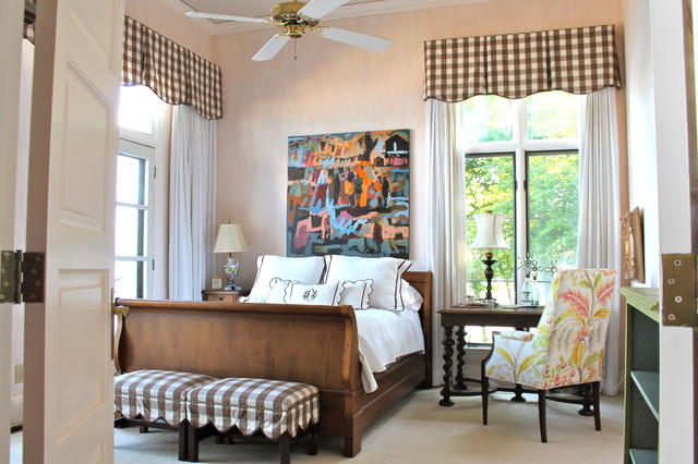 Inspiration for a timeless carpeted bedroom remodel in Birmingham with beige walls