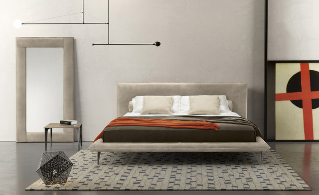 Alfred Leather Platform Bed by Gamma - Modern - Bedroom ...