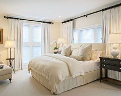 Amagansett Beach Retreat contemporary bedroom