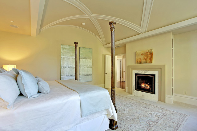 Andrea Braund traditional-bedroom