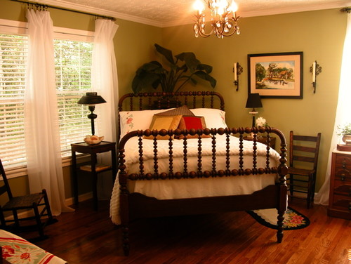 what color paint goes with cherry wood furniture cherry bedroom