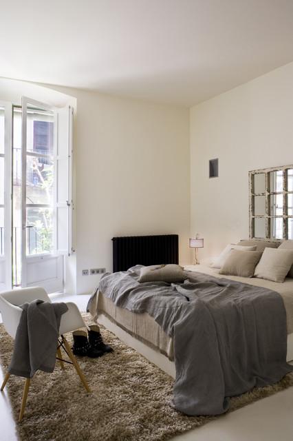 Apartment Gothic Quarter contemporary-bedroom