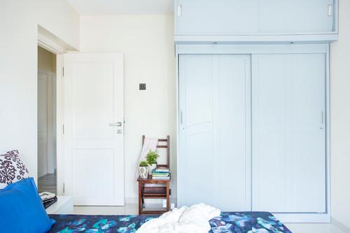 Tủ gỗ 2 tầng màu trắng tinh tế