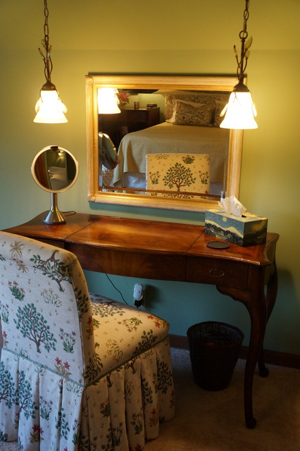 arts and crafts craftsman bedroom