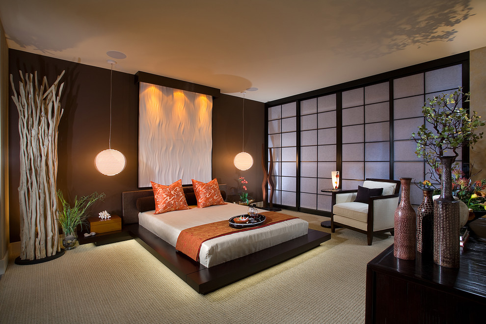 Asian bedroom photo in Orange County
