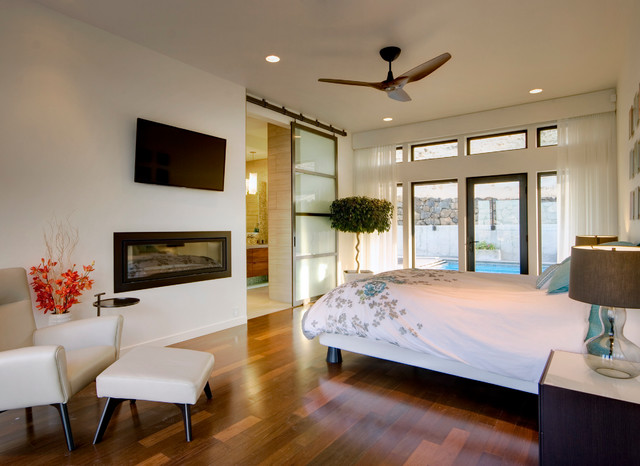 Badger mountain house contemporary bedroom seattle for Mountain modern bedroom