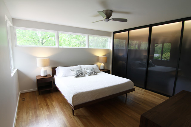 Baltimore Renovation by Arcnitect Joe Brandli modern-bedroom