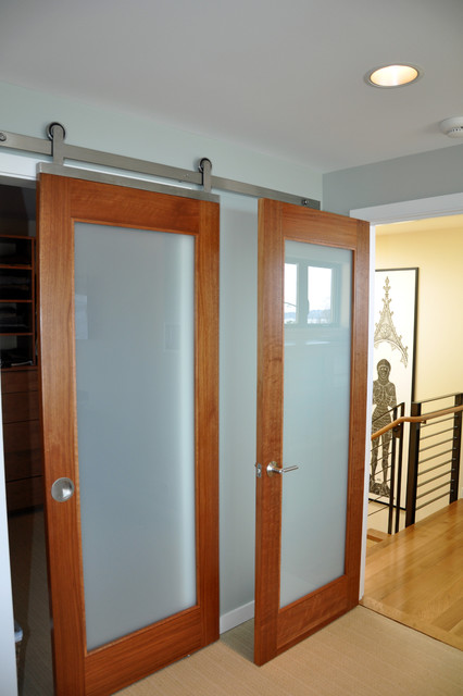 Barn door contemporary bedroom seattle by ventana for Frosted glass barn door